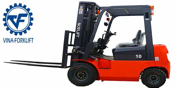 Xe nâng động cơ diesel