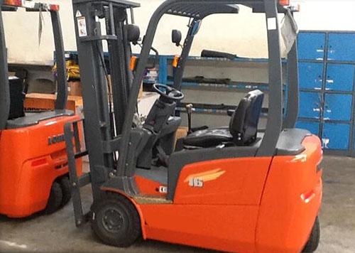 Xe nâng hàng chạy điện LGBE 1300-2000kg giá rẻ