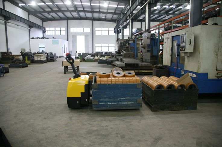 Xe nâng điện thấp 2000kg WP15-20 chính hãng