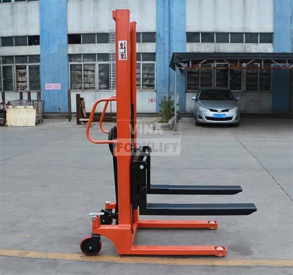 Xe nâng tay cao 1.5 tấn CTY-D