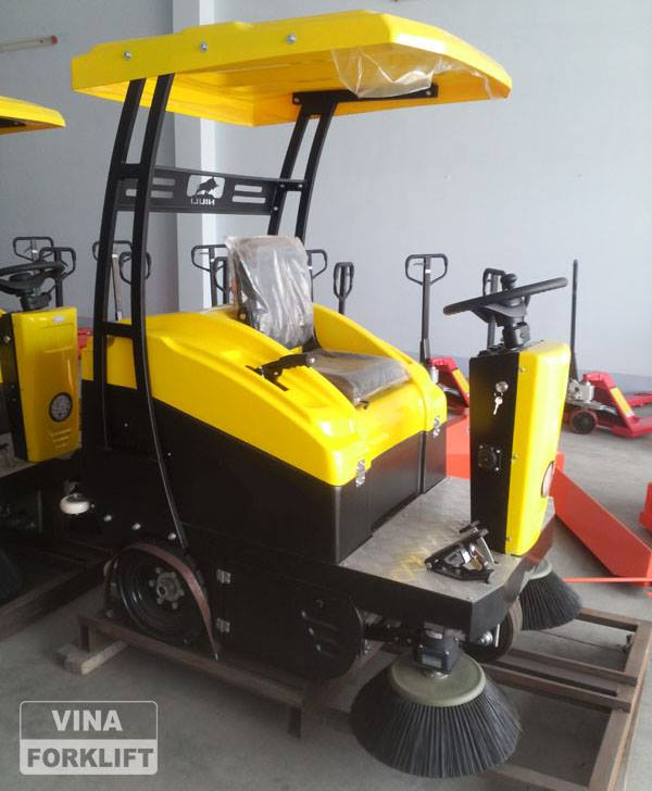Xe vệ sinh công nghiệp S13